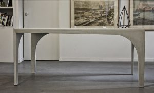 Table Oscar par Solid Studio